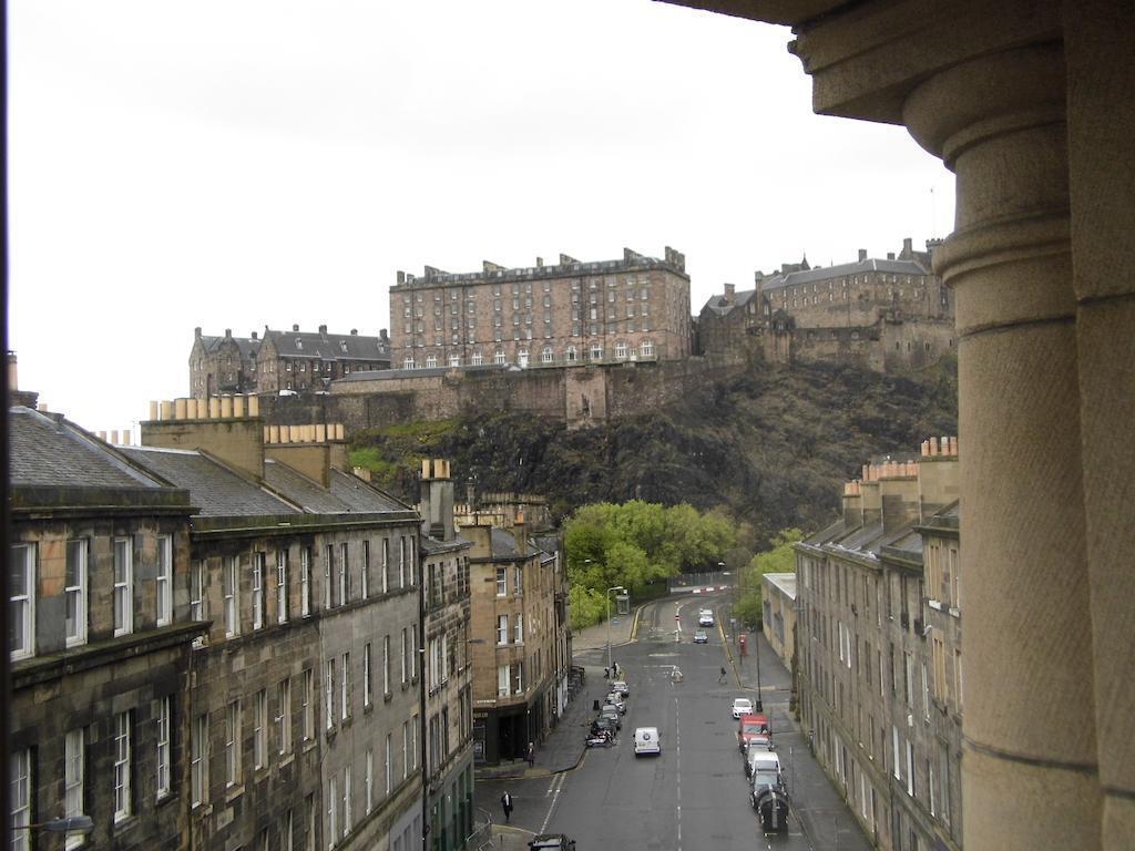 Фото Doubletree By Hilton Hotel Edinburgh City Centre Эдинбург