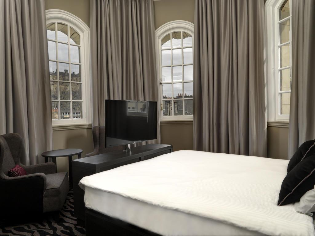Фото Doubletree By Hilton Hotel Edinburgh City Centre