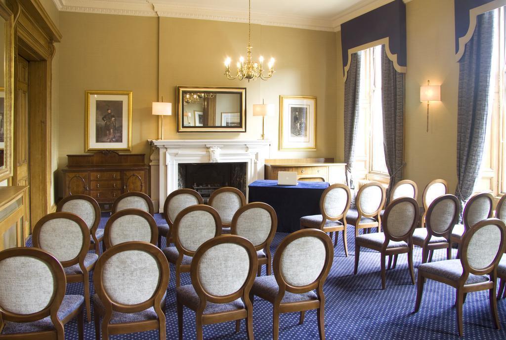 Фото The Royal Scots Club Великобритания Эдинбург
