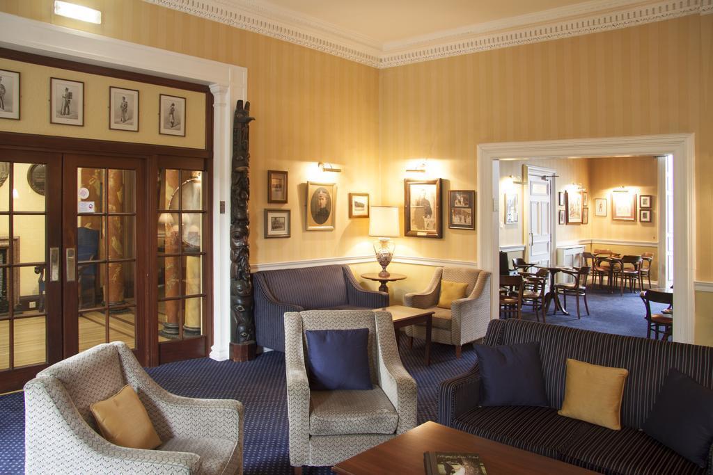 Отель The Royal Scots Club Эдинбург