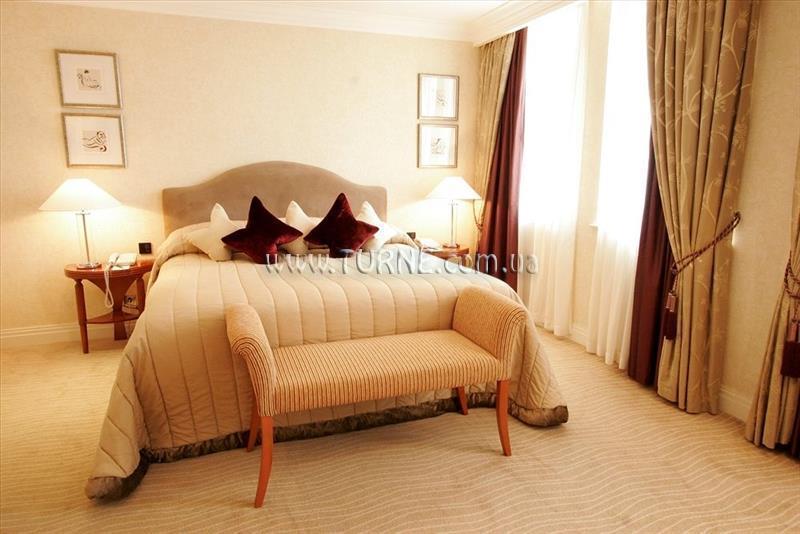 Отель The Westbury Лондон