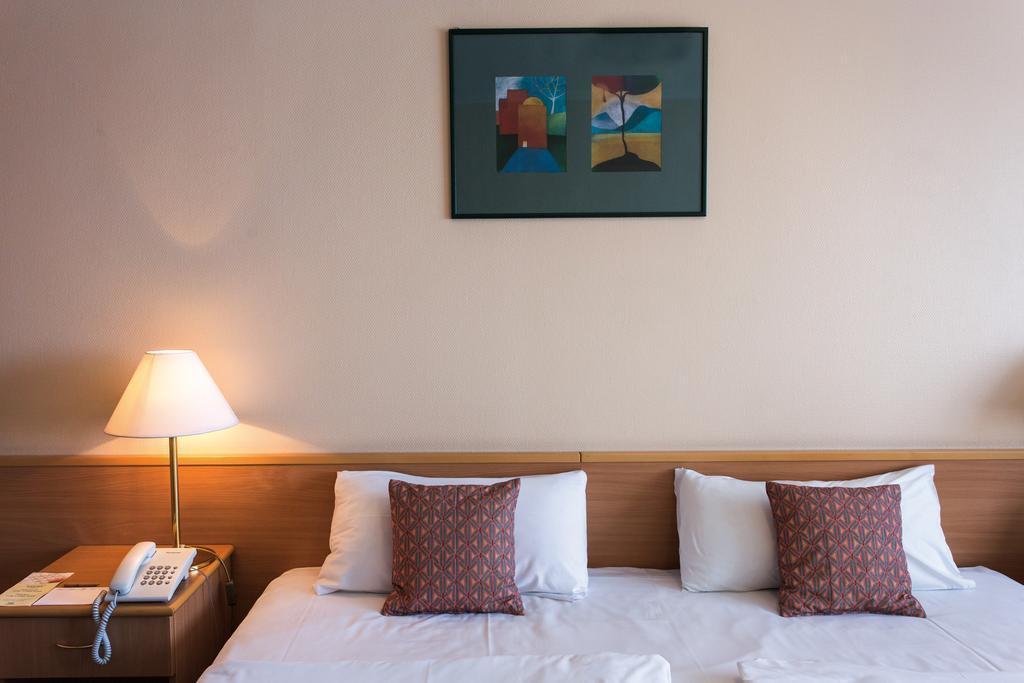 Отель Danubius Hotel Arena Будапешт