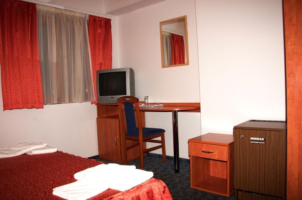Отель Central Green Hotel Будапешт