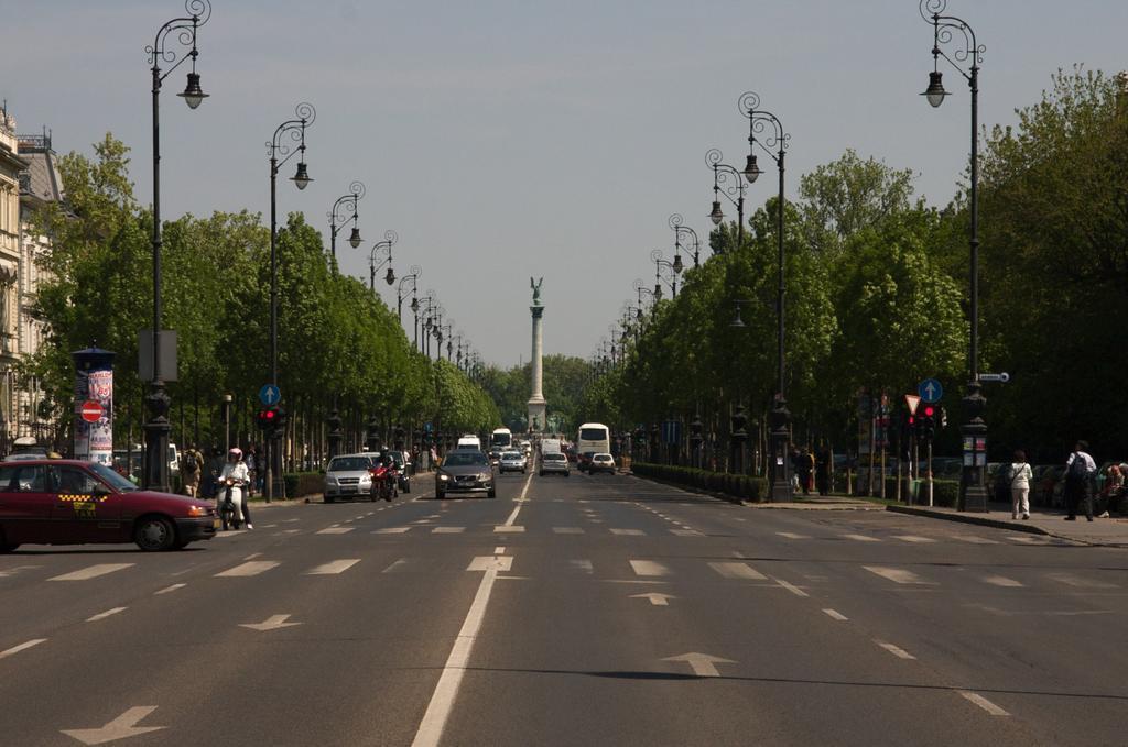 Фото Central Green Hotel Будапешт