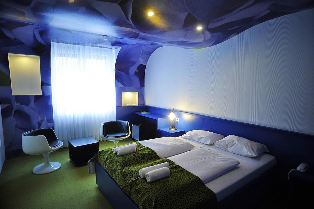 Фото Green Hotel Budapest 4*