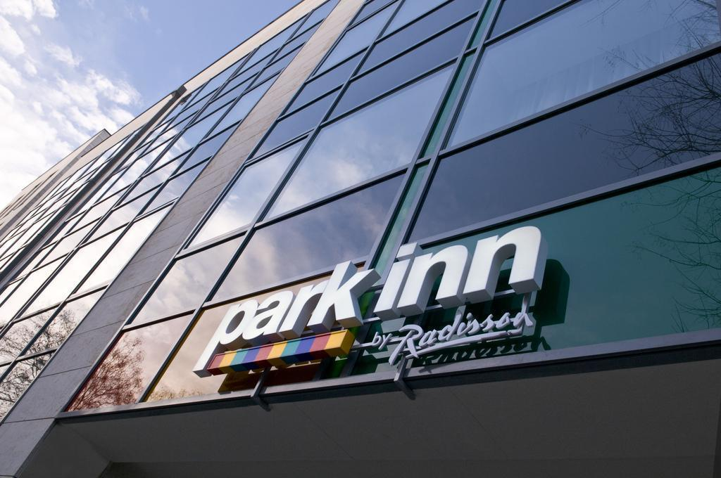 Фото Park Inn By Radisson Budapest 4*