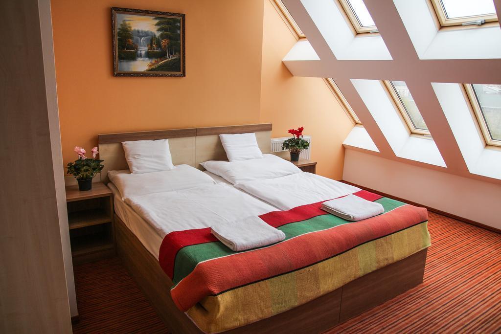 Отель Silver Budapest City Center Будапешт