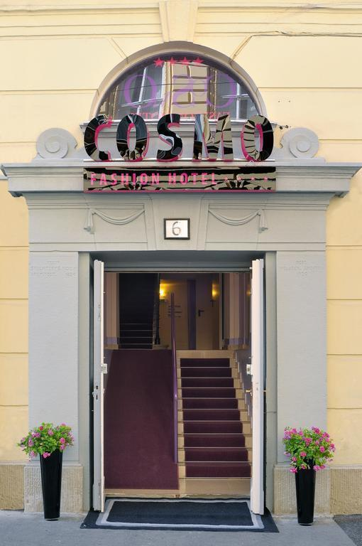 Фото Cosmo Fashion Hotel 3*