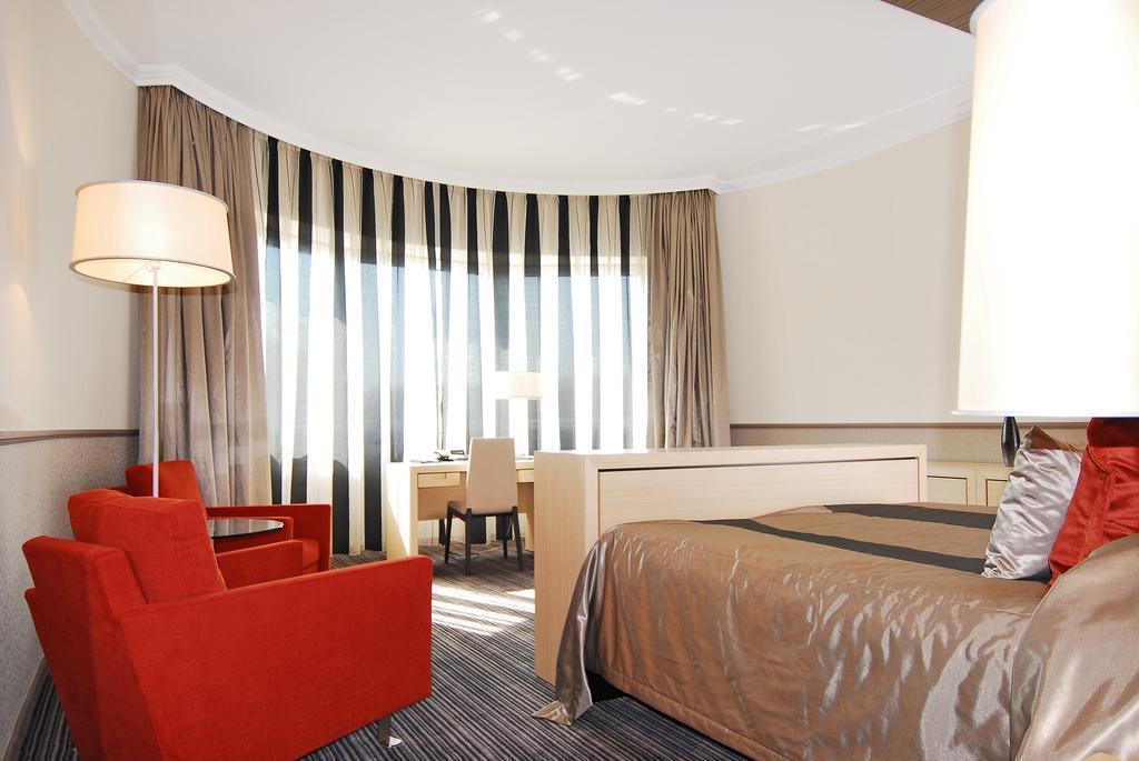 Фото Mamaison Hotel Andrassy Budapest 5*