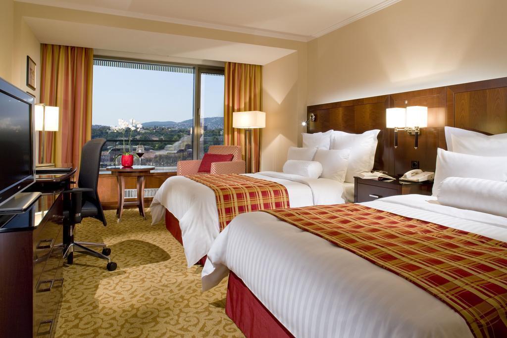 Фото Marriott Hotel