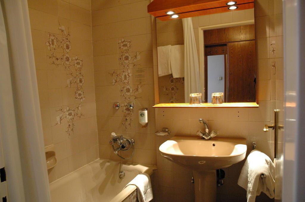 Отель Hotel Benczur Венгрия Будапешт