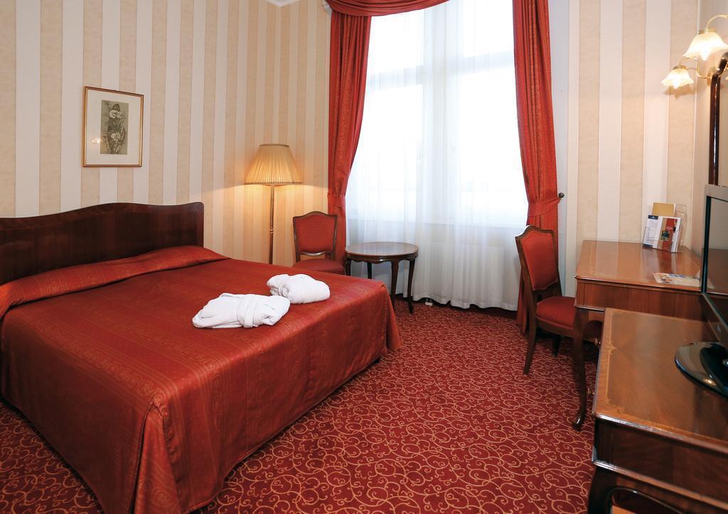 Отель Danubius Grand Hotel Margitsziget Будапешт