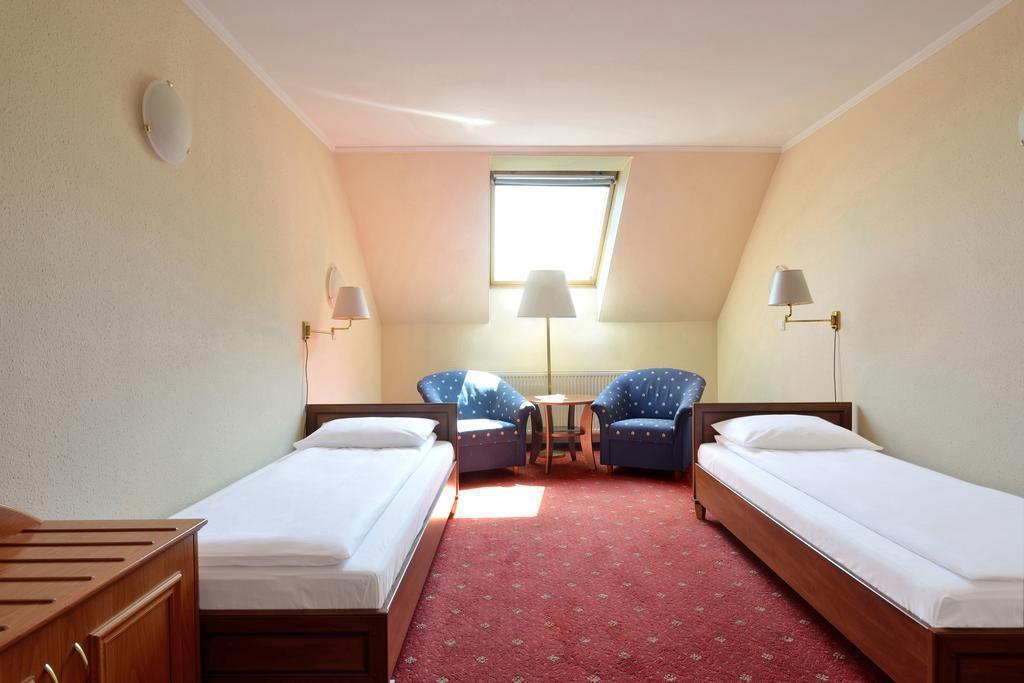 Фото Atlas Hotel Будапешт
