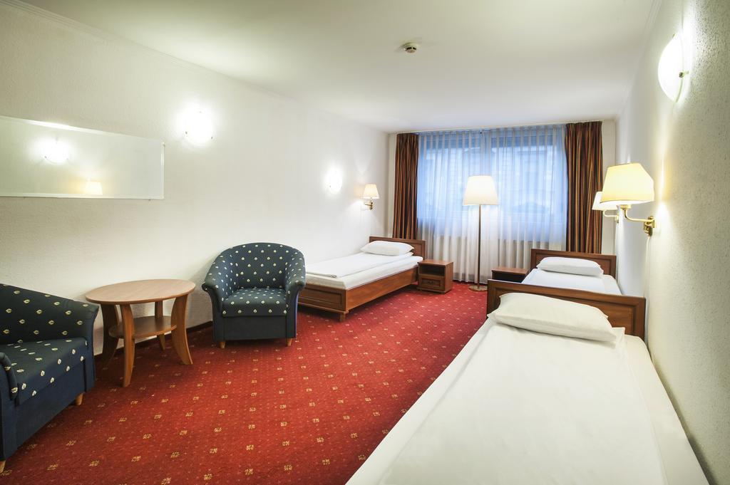 Фото Atlas Hotel Венгрия