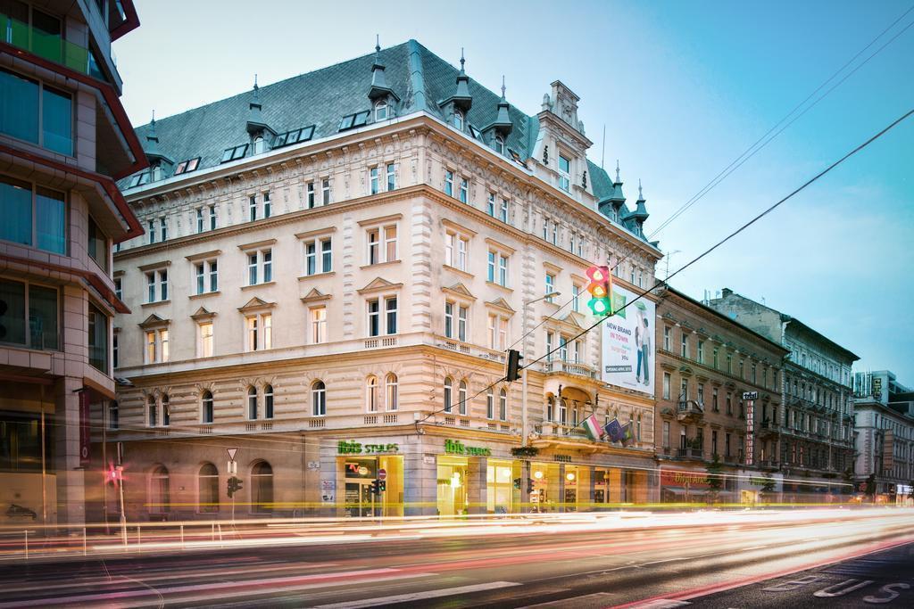Фото Ibis Styles Budapest Center (ex. Mercure Budapest Metropol) 3*