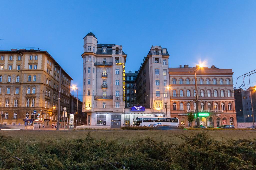 Фото Golden Park Hotel 4*