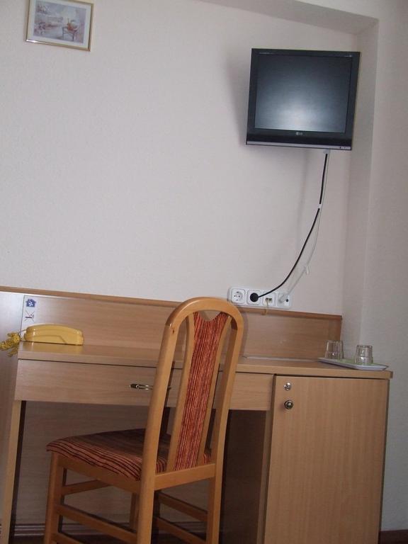 Фото Hotel Zuglo 3*