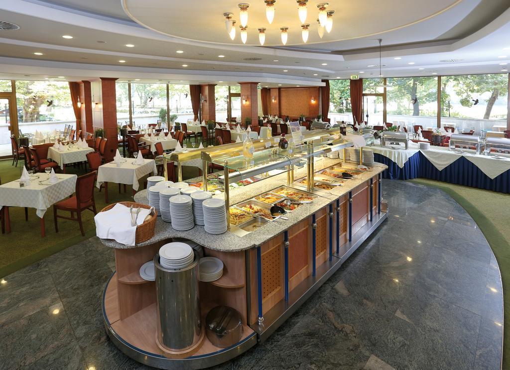 Фото Danubius Health Spa Resort Margitsziget Венгрия