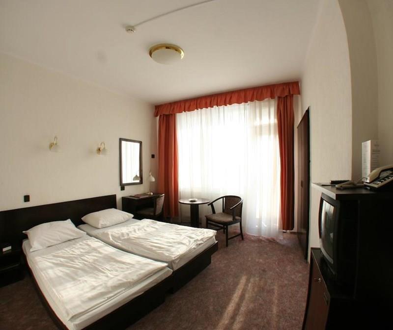 Фото Hunguest Hotel Nagyerdo Дебрецен
