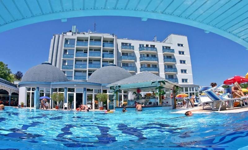 Silver Hotel Хайдусобосло