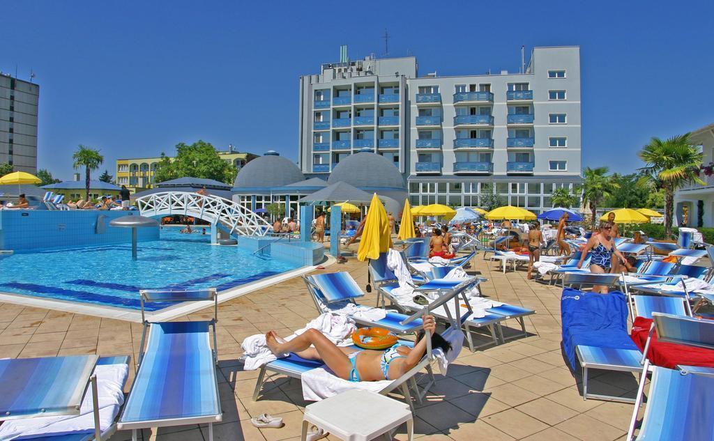 Фото Silver Hotel Венгрия Хайдусобосло
