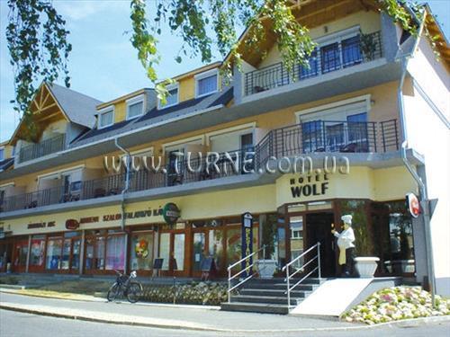 Отель Wolf Hotel Венгрия Шарвар