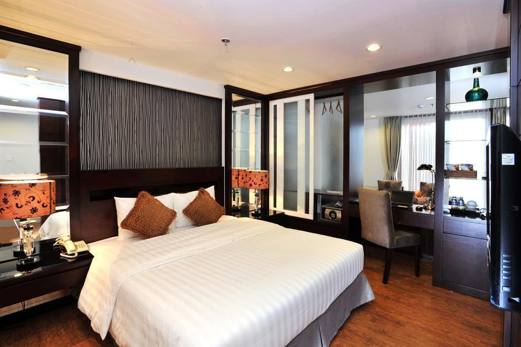 Отель Hanoi Legacy Hang Bac Ханой
