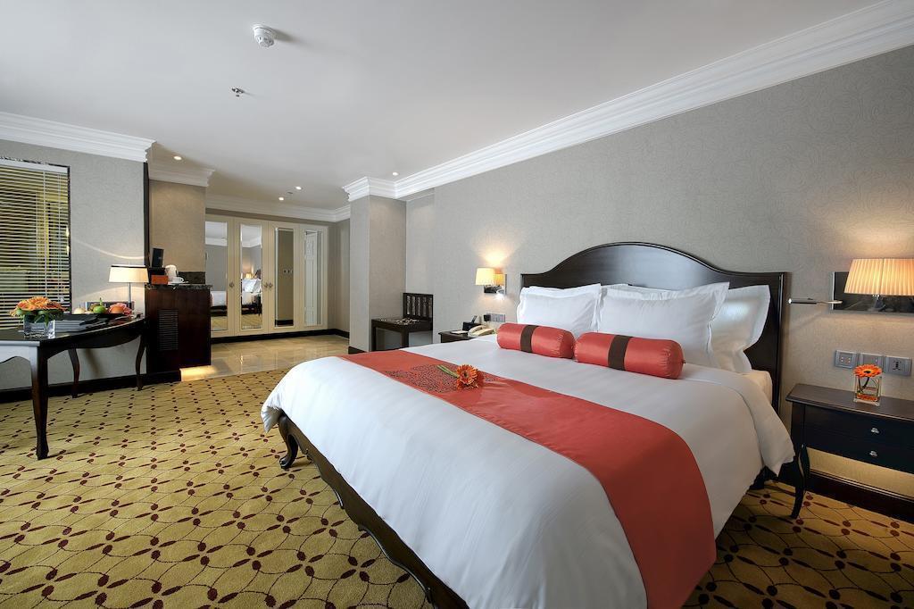 Отель Eastin Grand Hotel Saigon Вьетнам Хошимин