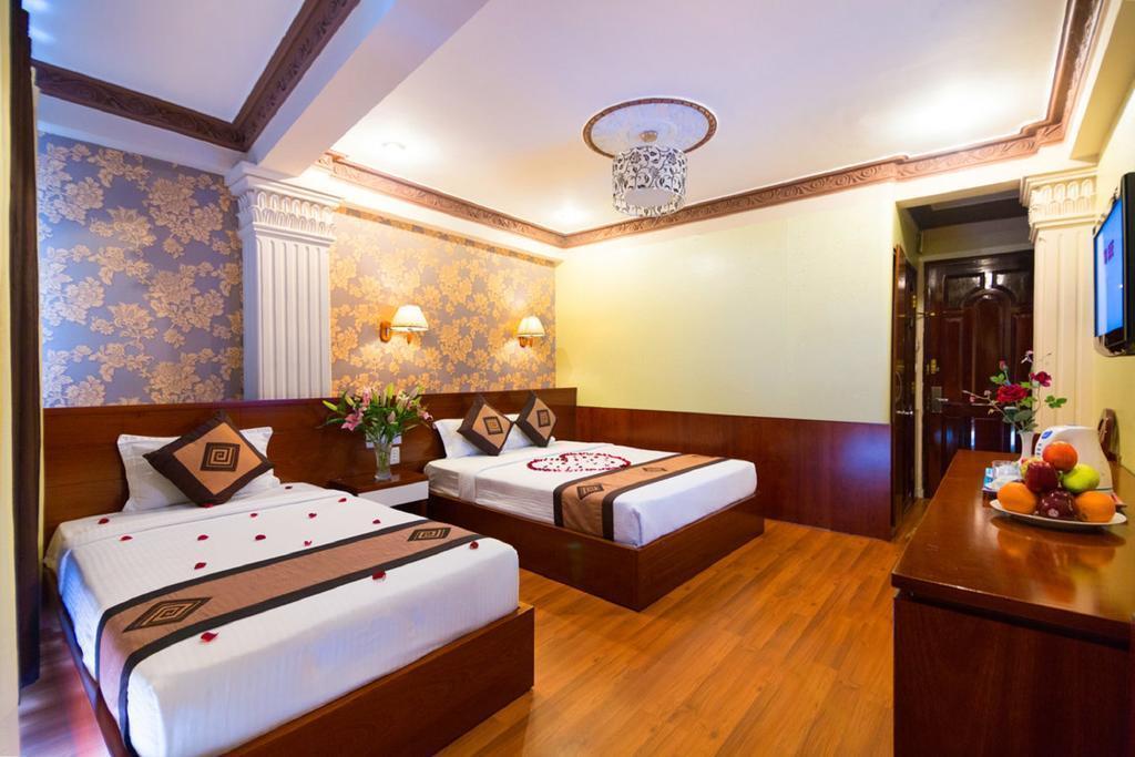 Отель Duna Hotel Хошимин