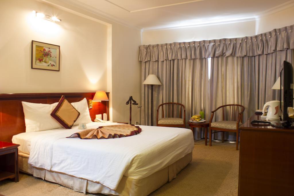 De Nhat Hotel (first Hotel) Вьетнам Хошимин
