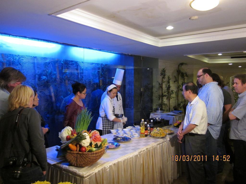 Отель De Nhat Hotel (first Hotel) Вьетнам Хошимин