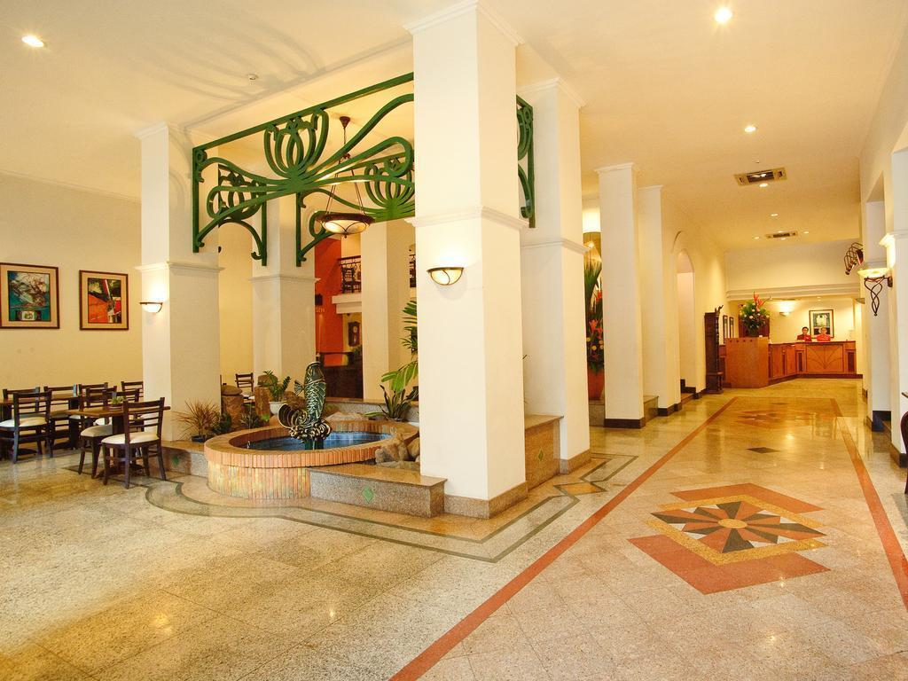 Hotel Bong Sen Хошимин