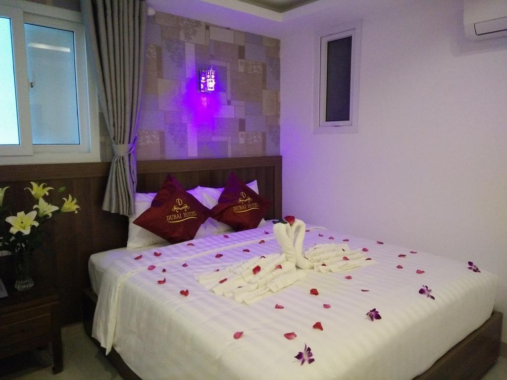 Отель Dubai Hotel Нячанг