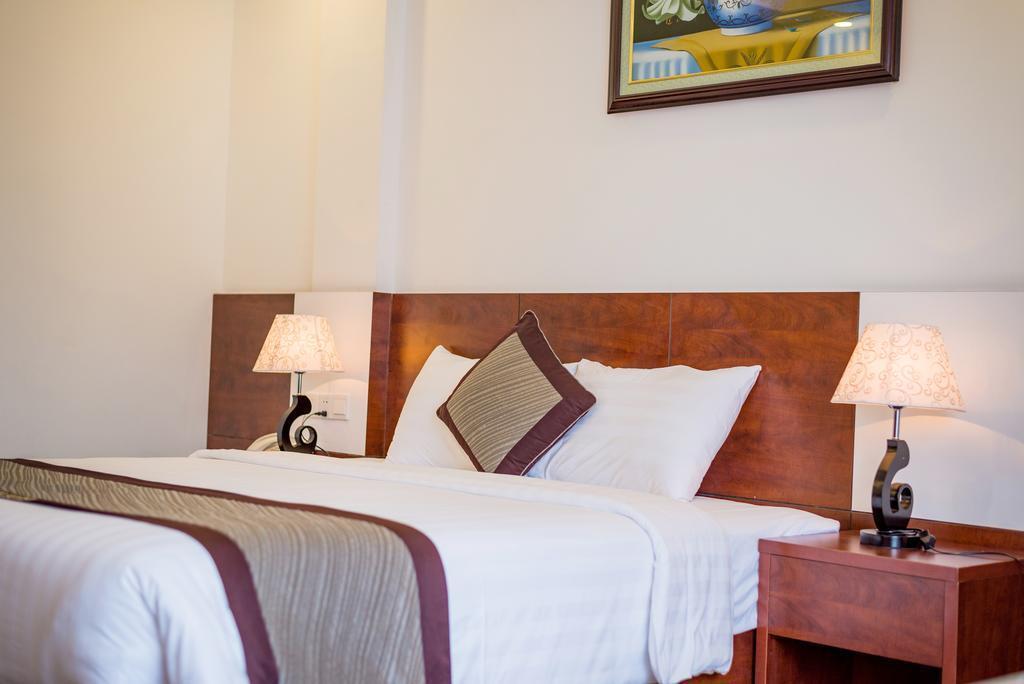 Dung Thanh Hotel Нячанг