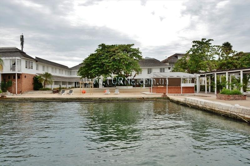 Grand Port Royal Marina & Spa Hotel Кингстон