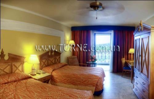 Отель Iberostar Rose Hall Beach Монтего-Бей