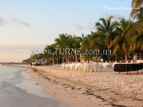 Фото Couples Swept Away Beach 4*