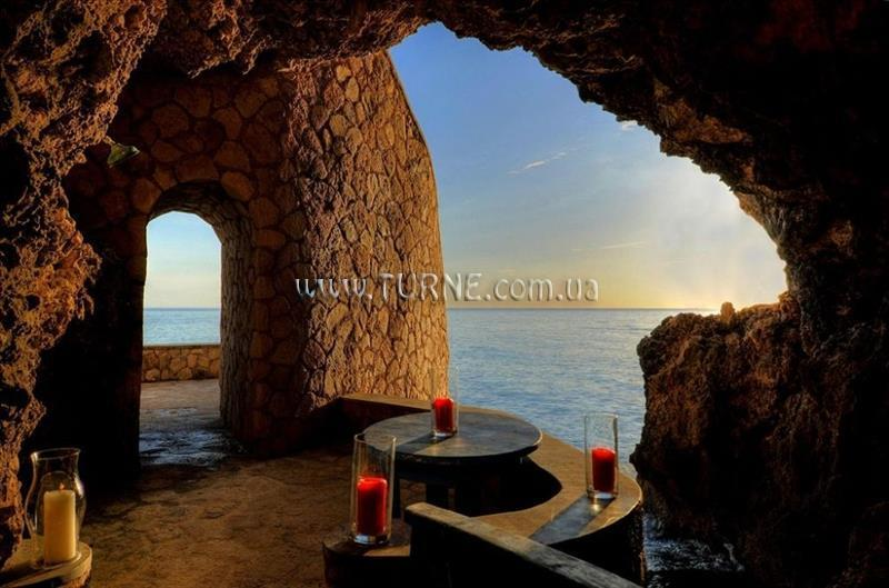 Фото The Caves 5*