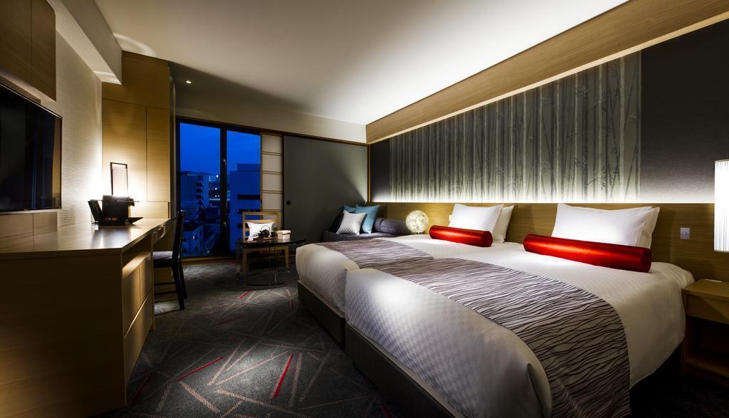 Фото Rihga Royal Hotel Kyoto 4*