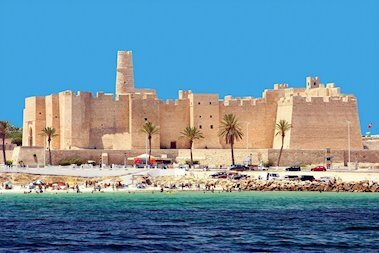 Чем живет Тунис: 12 фактов, которые удивят