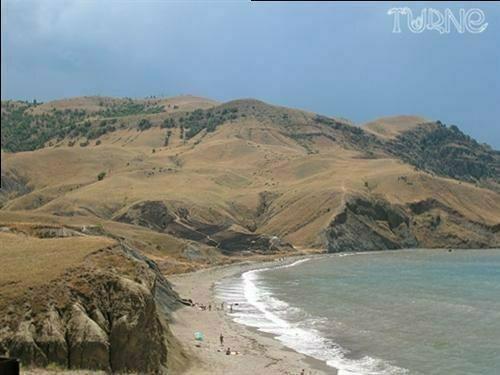 Фоторепортаж: Самые чистые пляжи ЮБК